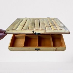 VINTAGE LOOK BAMBOO BOX WITH COMPARTMENTS